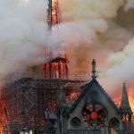 悲報・・・ノートルダム大聖堂炎上